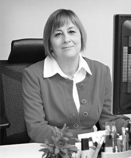 Dr. Janka Mária